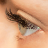 Eyelash Extensions Pros & Cons - Are They Right for You?