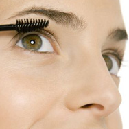 The Best Way to Apply Mascara